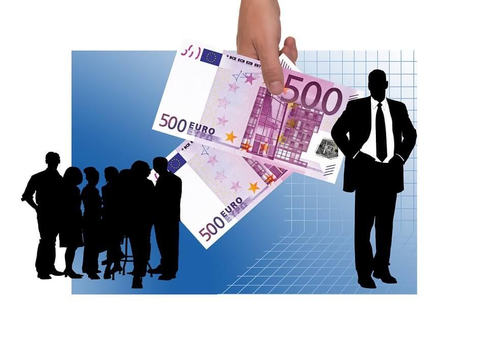 Retribuciones percibidas por los socios | Solucione Asesoría Online - Gestoría Online laboral, fiscal